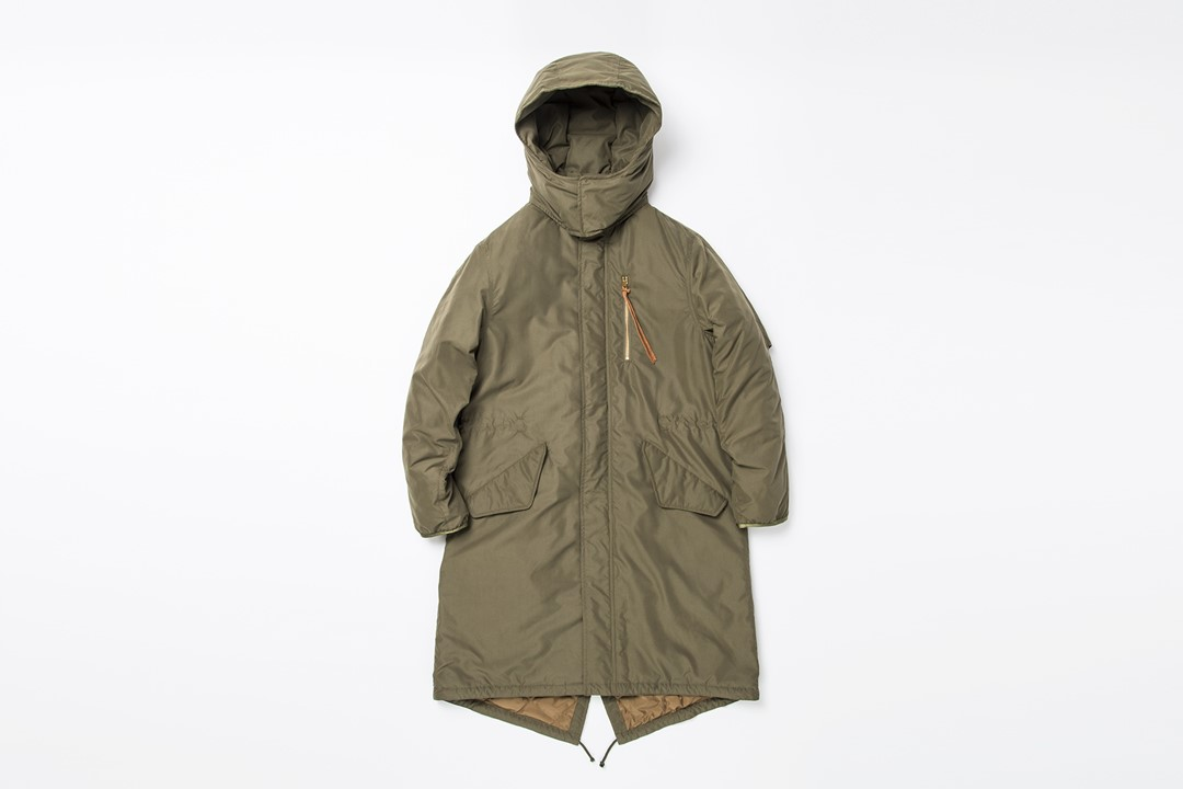 "kha:ki × KAWADA FEATHER ""JPN DOWN LONG FIELD COAT""※FUDGE11月号掲載"